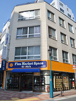 フリーマーケットスペースGIAN 阪神・JR元町駅西口より徒歩5分